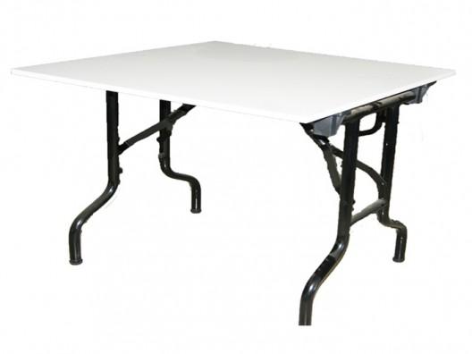 Katlanır ayaklı masa