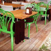 Alüminyum kollu sandalye yeşil