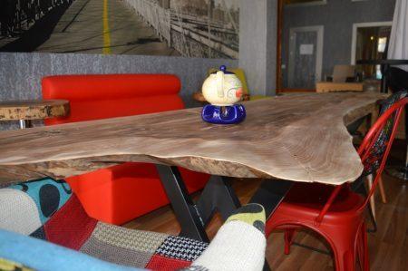 Doğal ahşap ceviz masa